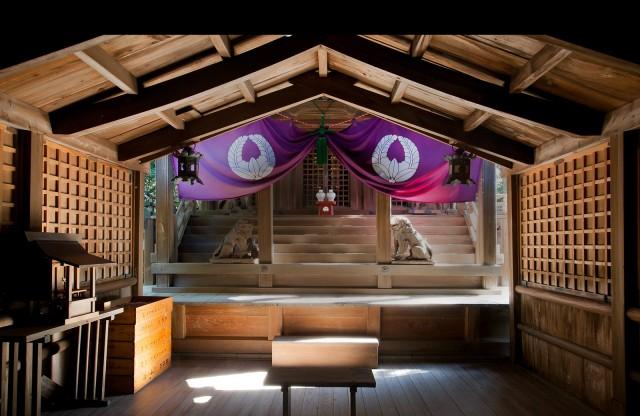 春日神社の店舗画像1