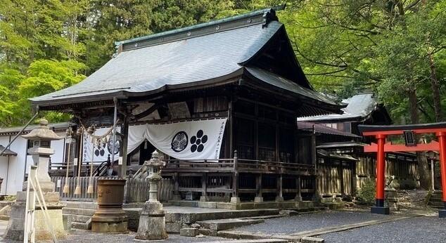 南湖神社の店舗画像2