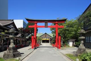 善知鳥神社の第二鳥居