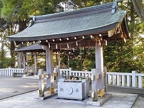 神鳥前川神社の店舗画像1