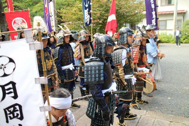 上山総鎮守 月岡神社の店舗画像2