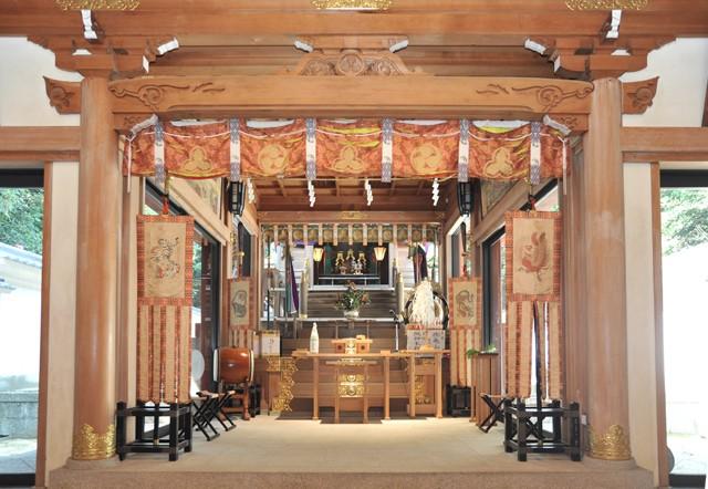 越木岩神社の店舗画像1